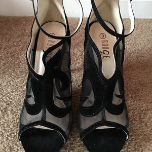 Shoes - Black heel with sheer cut out